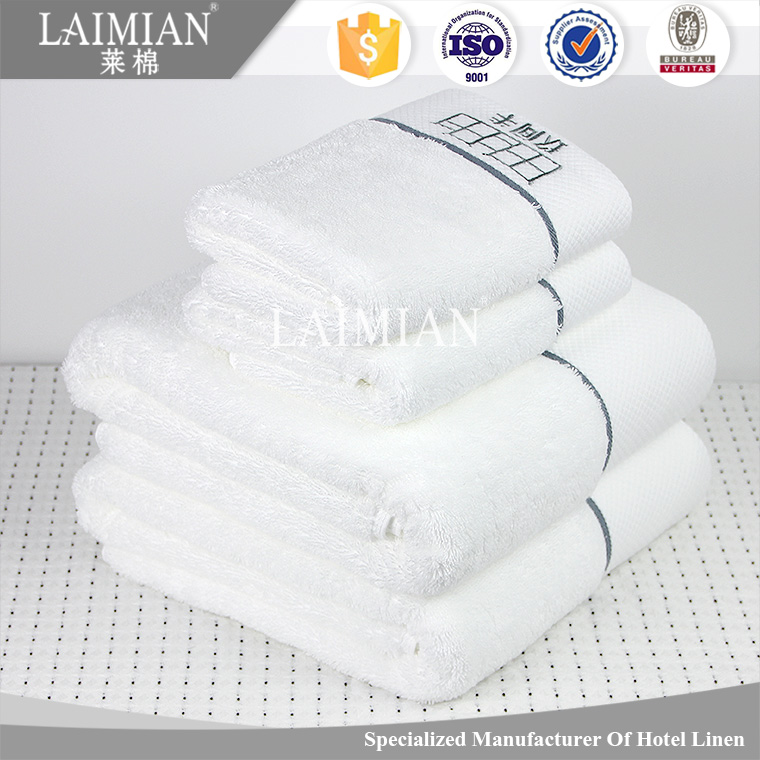 Fashionable hotel/kitchen towels made in india