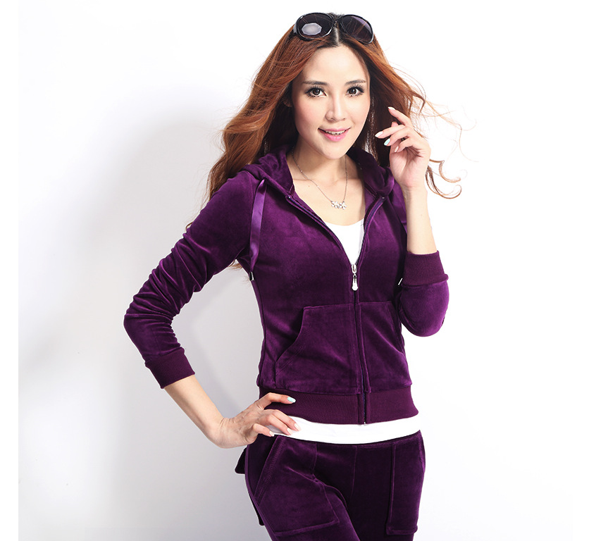 wholesale high quality zipper up slim fit custom womens velour hoodie tracksuit jogging sets manufacturer in China