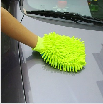 cleaning glove for car