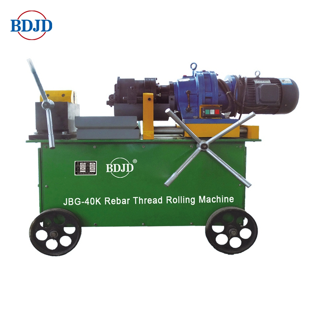 Parallel thread rolling machine / steel rebar threading machine for construction projects