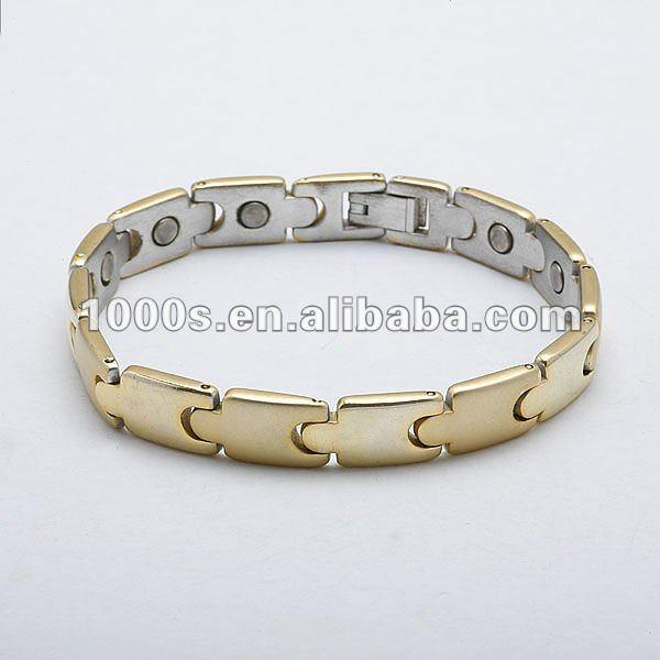 Joyeria de oro pulseras para hombre for Disenos de joyas en oro