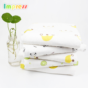 Hot selling 4 layer super soft thin baby blanket muslin bamboo swaddle blanket for baby