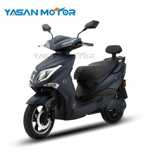 2017 New Products 2000W EEC Scooter Electric For Adults With Buletooth&USB Port