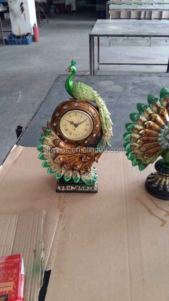 wedding decoration resin peacock statues/sculptures with watch