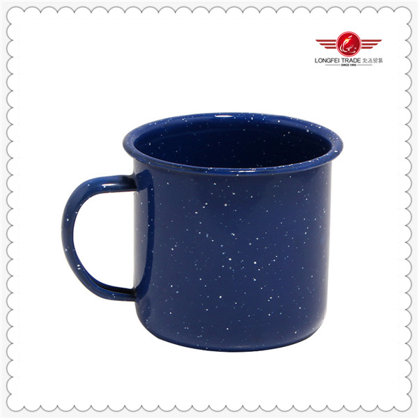 wholsale hemming blue enamel camping mug