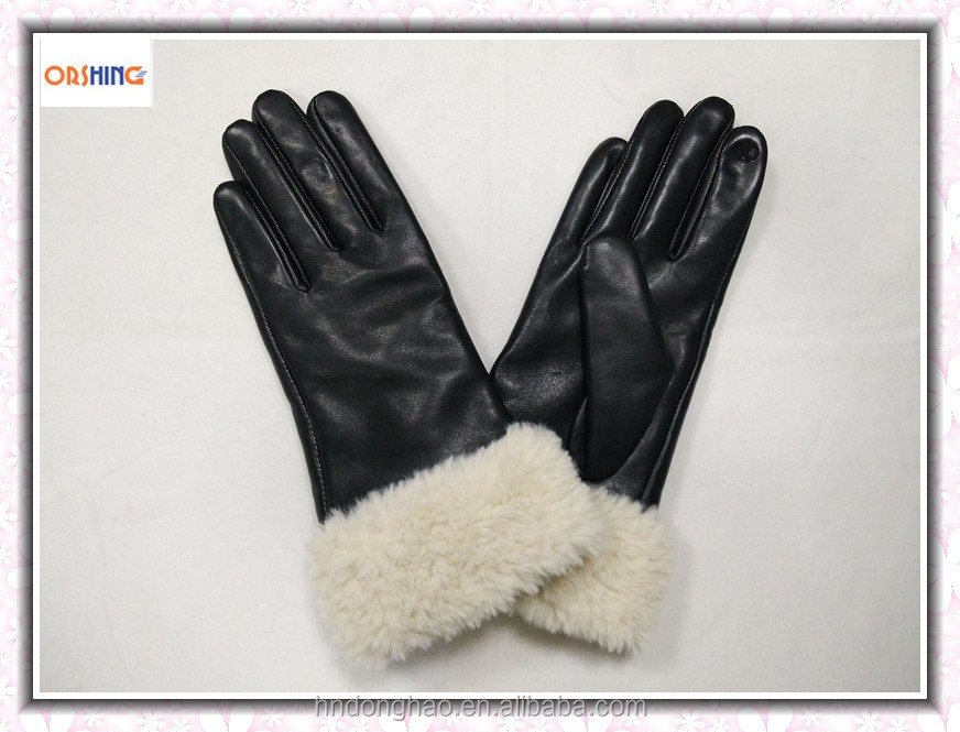Woman Touchscreen Winter Leather Gloves with Fake Fur
