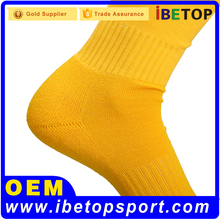 fashion custom design knitted sports cotton socks