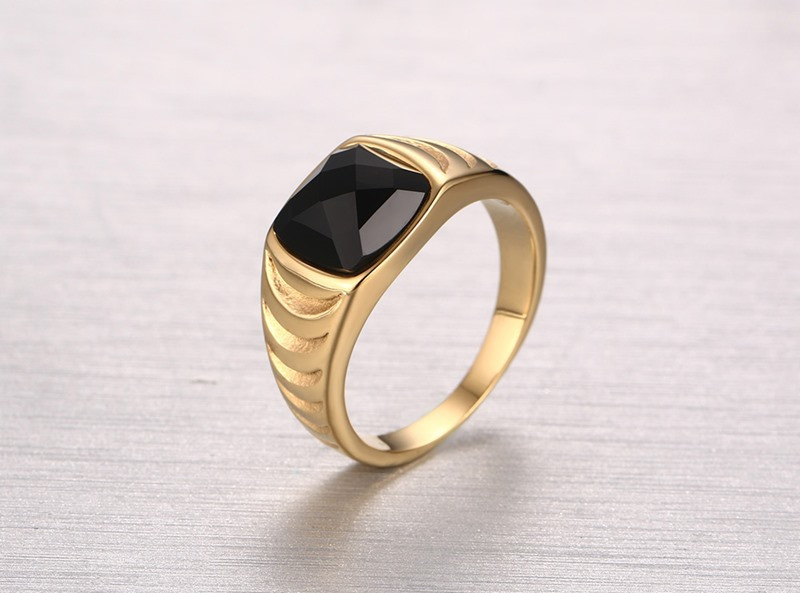 2016 Latest Design Single Black Stone Simple Gold Ring Design Ring