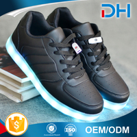 Famous sport shoe with light low price led shoes kids sneakers manufacturers