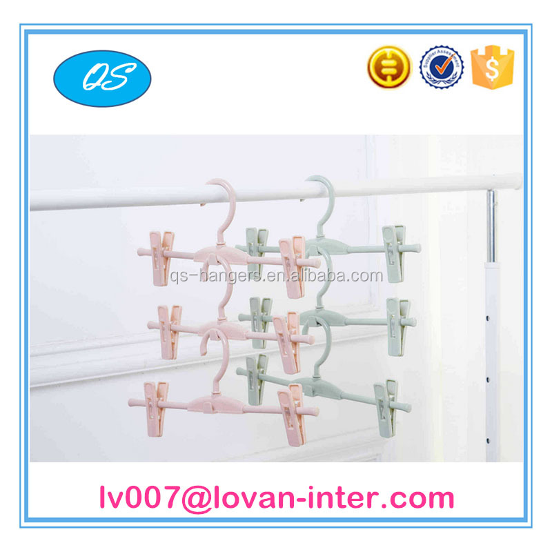 The new style plastic hanger towel rack Applicable to the pants and atowel
