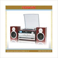 RETRO WOOD TURNTABLE WITH CD, USB, SD, RADIO