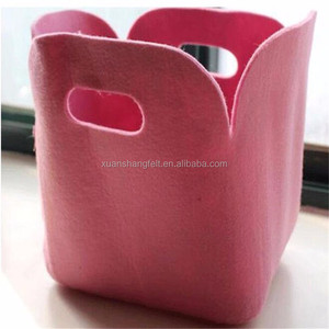 simple design one piece hard felt dry cleaner bags