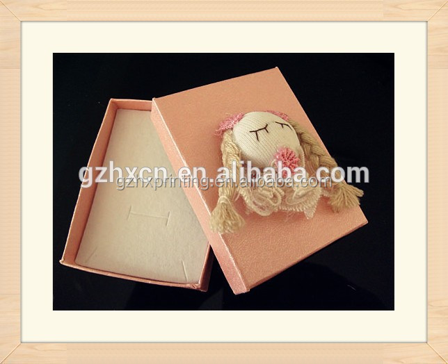 Cartoon paper jewelry box with doll decorative Made In Guangzhou