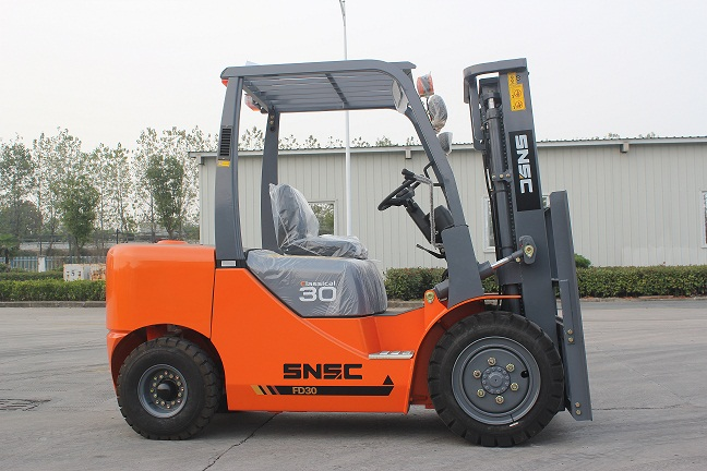 Better experience hydraulic pressure diesel forklift 3tons FD30