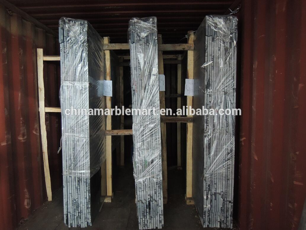 slabs loading container.jpg