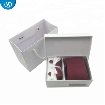 Many Stock White Gift Box Red Cufflinks Mens Ties And Pocket Square