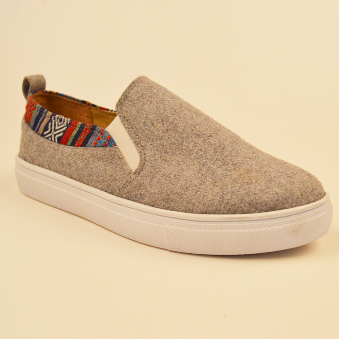 Good Quality Plush Fabric Sneakers of Height Increasing Women Fashion Sneakers on Platform For Casual