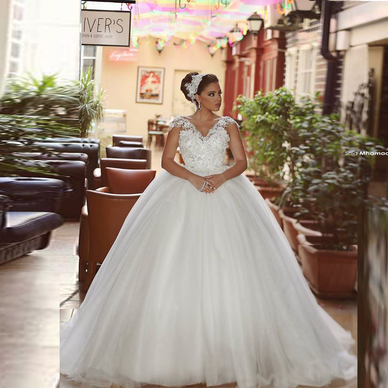 Wedding Gowns In China: Ball Gown V Neck Wedding Gowns With Lace Appliques Cheap