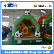 2016 Sunjoy new design good quality giant football field inflatable fun city amusement park for kids party
