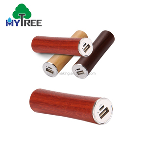 Universal Larger Capacity Wooden / Bamboo 2600 mah Mobile Phone Power Bank