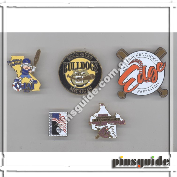No MOQ OEM Design Safety Metal Football Pin Badges For Souvenir