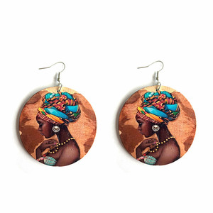 Round Engraved Wooden Picture Type Earrings Jewelry Type African Wooden Earrings