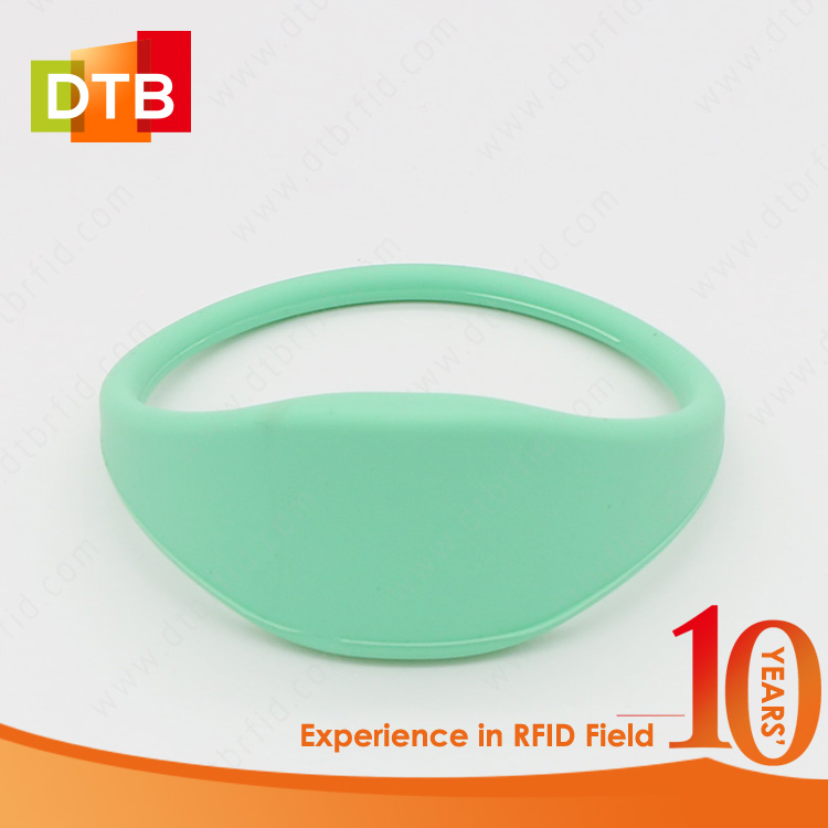 DTB Low Price UHF RFID Wristband