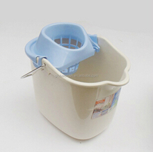 HQ2330 Luqiao factory wholesale 15 liter mop bucket with wheels