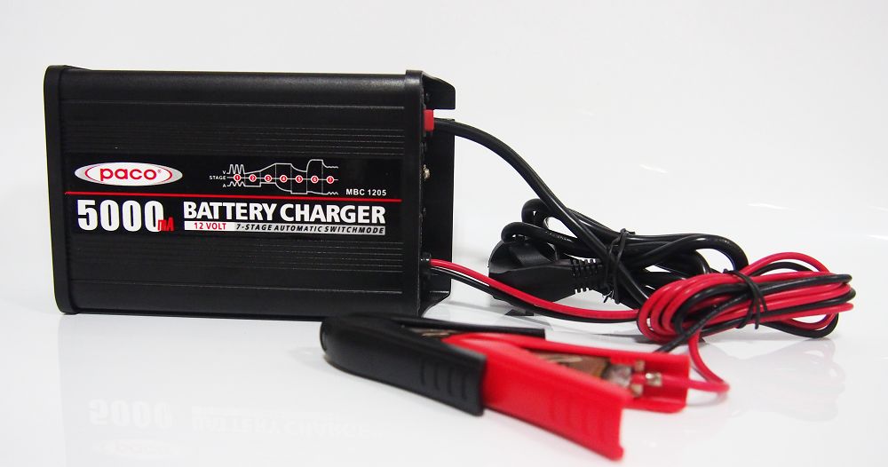 PACO Car Battery charger MBC1205 7-stage trickle charge for car battery