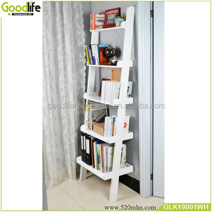 Decoratieve houten muur planken, boekenkast met ladder-houten ...