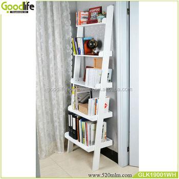 decoratieve houten muur planken boekenkast met ladder