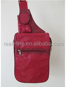 LADIES RED FAUX LEATHER RUCKSACK / BACKPACK & TWO PURSES / HANDBAG / BAG