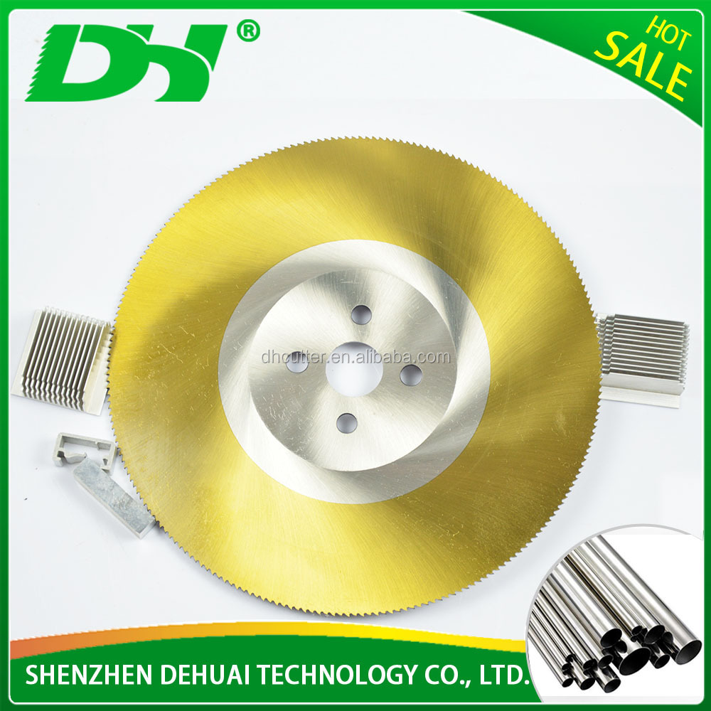 High accuracy saw blade for round cut