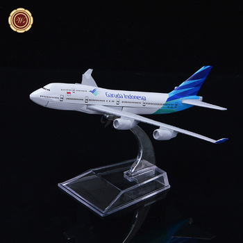 Wr Quality Art Crafts Garuda Indonesia Aircraft Plane Model Wholesale Metal  Office Desktop Decoration
