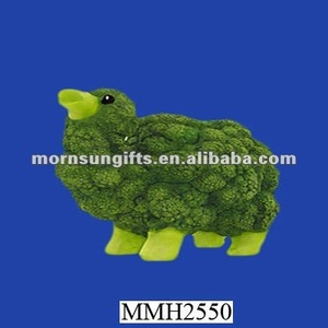 Interesting resin broccoli camel figurine for crafts