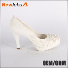 China manufacturer custom popular silver bridal wedding shoes