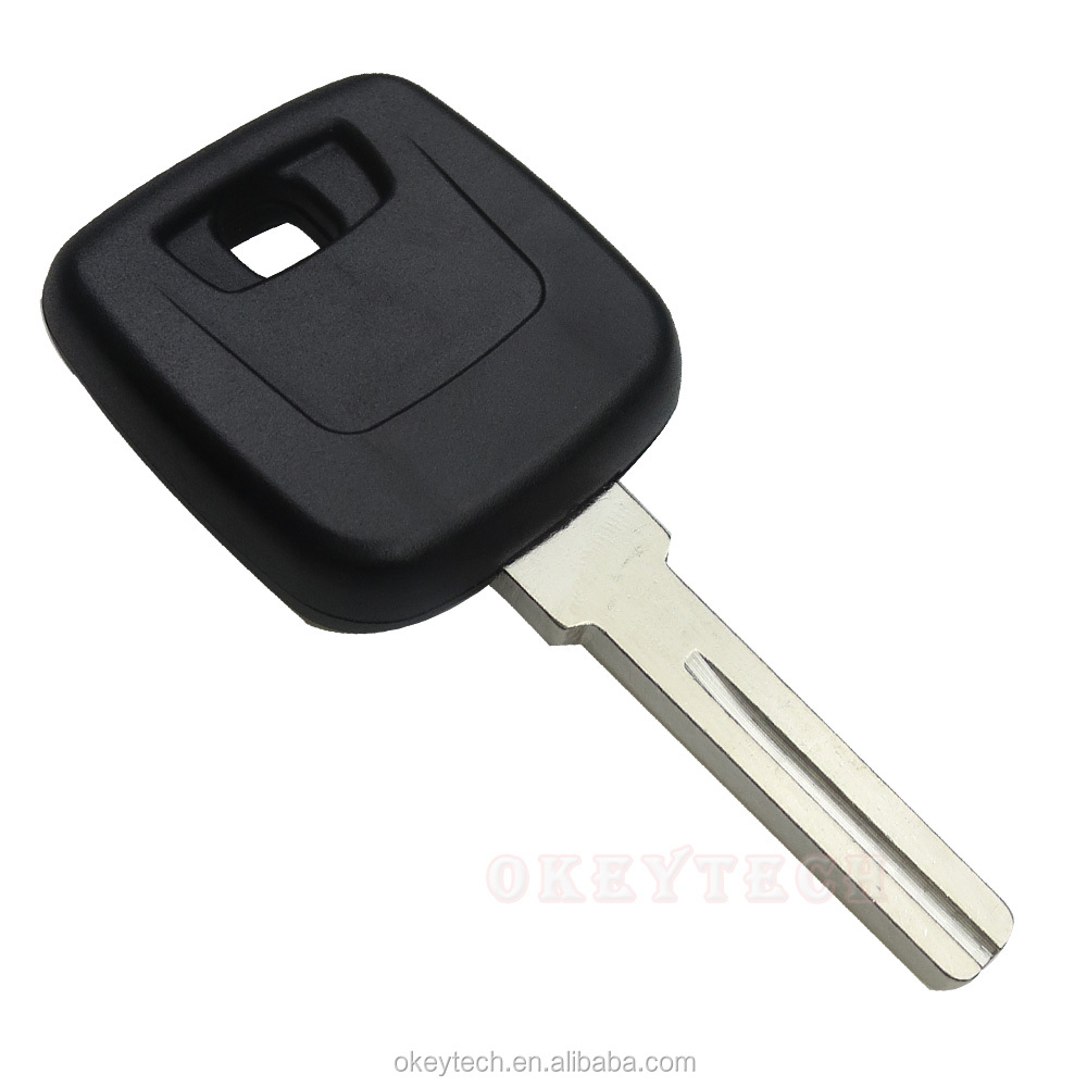 repair torx off peng replacement awd cars that using cover screwdriver screw battery to pop small andrew remove attaches volvo use removed flip flat exposes blade key backing driver the
