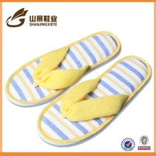 beautiful eco-friendly embroidery factory flip flop hotel slippers