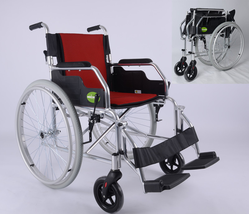 Removable folding footboard steel-pipe frame aircraft wheelchair