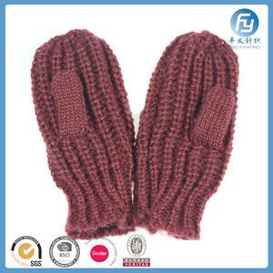 acrylic warm winter knit mitten lady red color mitten