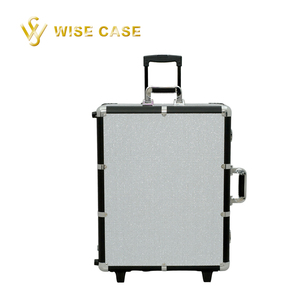 White Crystal Luxurious Rolling Cosmetic Beauty MakeUp Vanity Case Studio with LED Lights Box