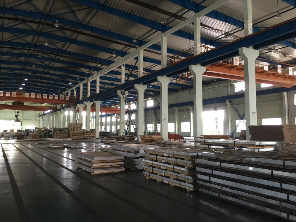 Middle Alloy duplex UNS S31803 decorative stainless steel sheet price per kg tisco brand