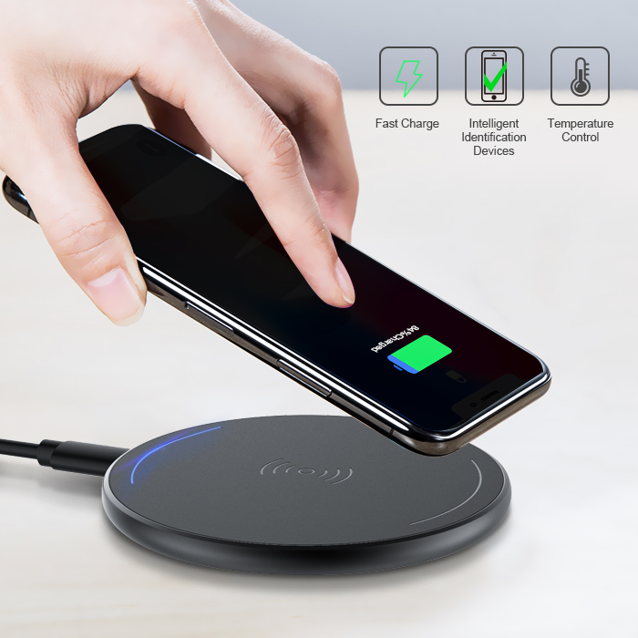 Wholesale 5V 1A fast charging mobile power bank tablet Ultra-thin Aluminum charger cell phone usb charging station
