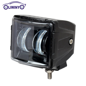 liwiny Accessories Auto Off Road 24V 12v Car Led Lights Square 3inch 4x4 Driving Lighting 30w Spot Flood Atv Led Working Light