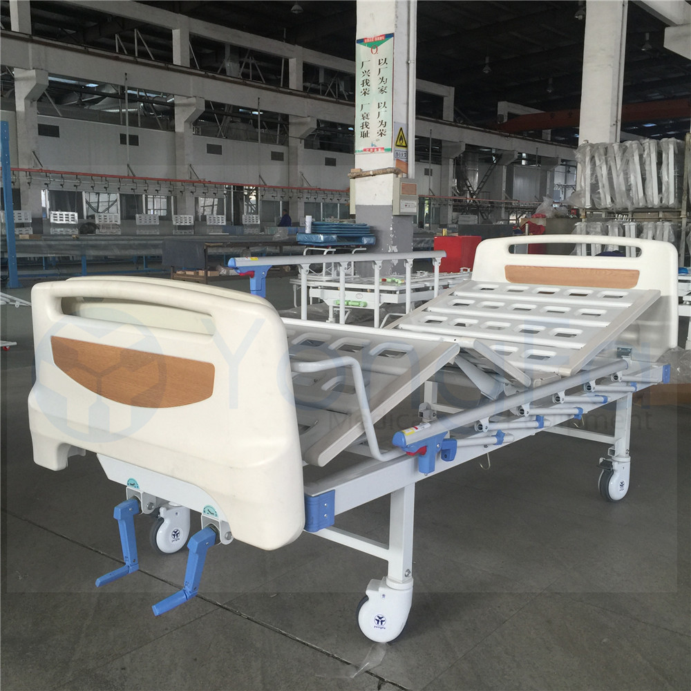 2 Cranks Manual Hospital Bed Price