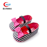 custom wholesale lovely fashion slip-on girl baby shoes