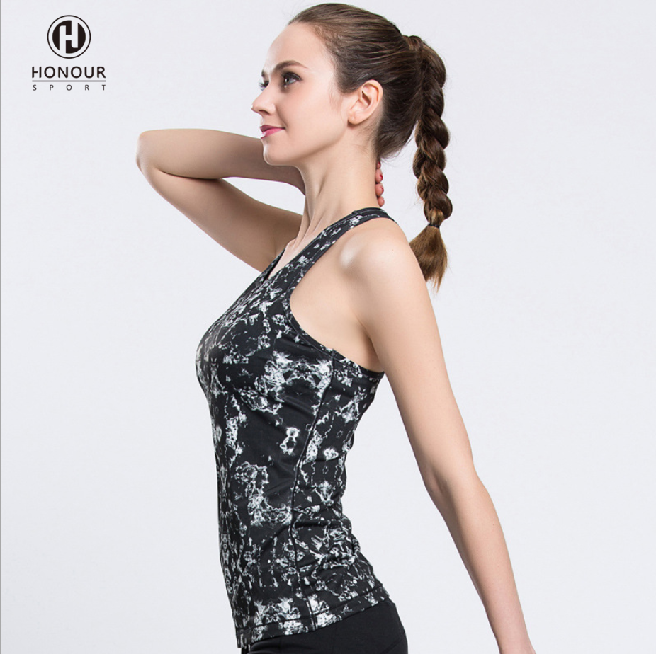 New Arrivals High Quality Printed Fitness Sports GYM Dry Quickly Fitted Women String Tank Top with Removable Pad