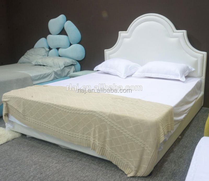 PU bed in CIFF model C045 with perfect details