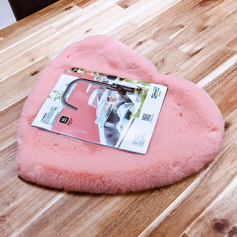 Top quality lambskin shaggy small round cute Genuine heart shape sheepskin carpet