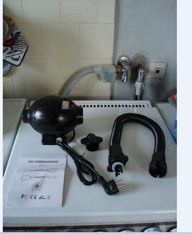 สีดำเงาInflatable Goodra, SPH Hongyi Inflatableของเล่นมังกร